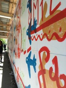 La fresque de SP 38 sera visible tout l'été sur la palissade du chantier de rénovation du Musée de La Poste.